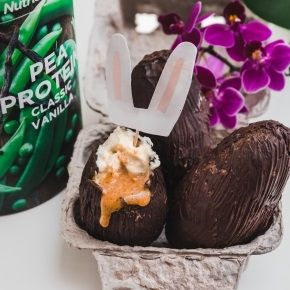 Vegan Easter Egg with pea protein